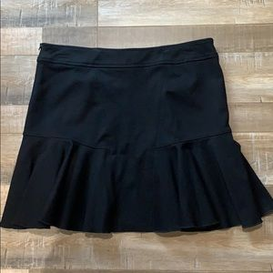 Club Monaco black ruffled mini skirt size 10
